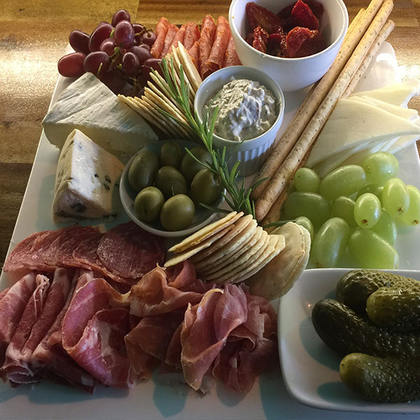 antipasto for two with wine